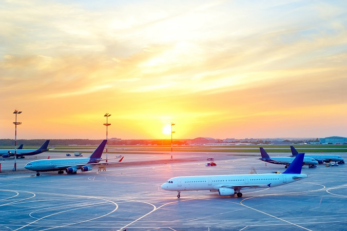 Von Berlin, Düsseldorf oder auch vom Flughafen Stuttgart aus war es möglich, unter anderem nach Moskau zu fliegen. (#01)