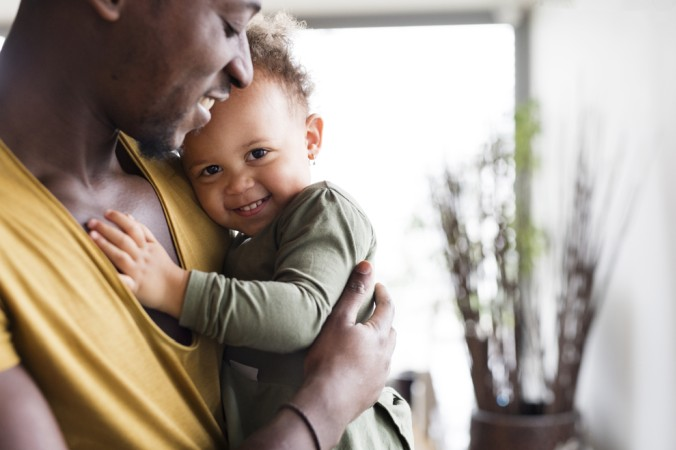 Ob die in Deutschland lebenden Ausländer einen Anspruch auf Elterngeldzahlungen haben, hängt von der genauen Art ihrer Aufenthaltsbedingungen ab. (#4)