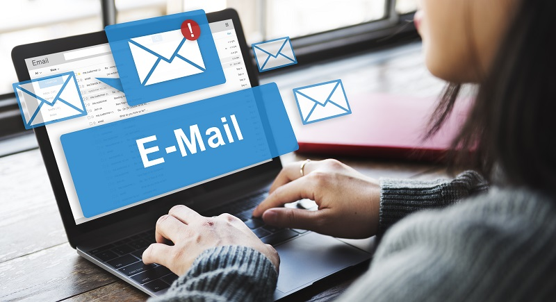 Bei einer Bewerbung per E-Mail aus der großen Masse an Konkurrenten herauszustechen und den Personalverantwortlichen davon zu überzeugen, die Bewerbung anzuklicken, ist noch schwieriger. (#05)