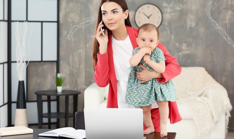 Teleheimarbeit: der Mitarbeiter verfügt über einen reinen Telearbeitsplatz in den eigenen vier Wänden. Das Arbeiten erfolgt nur von zu Hause aus (#02)