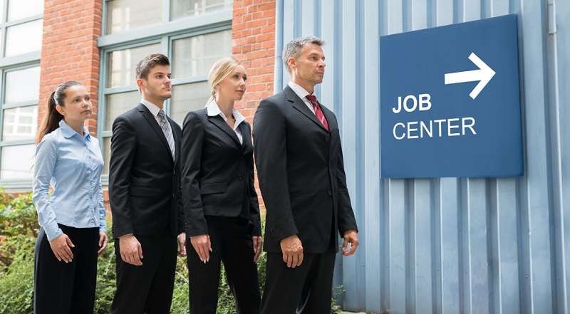 Auch die Arbeitsagentur kennt verschiedene finanzielle Förderungen für die berufliche Weiterbildung und kann entsprechend Auskunft geben.(#01)