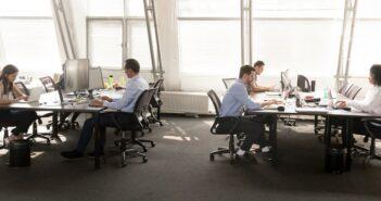 Arbeitsplatz der Zukunft: Chancen und Risiken