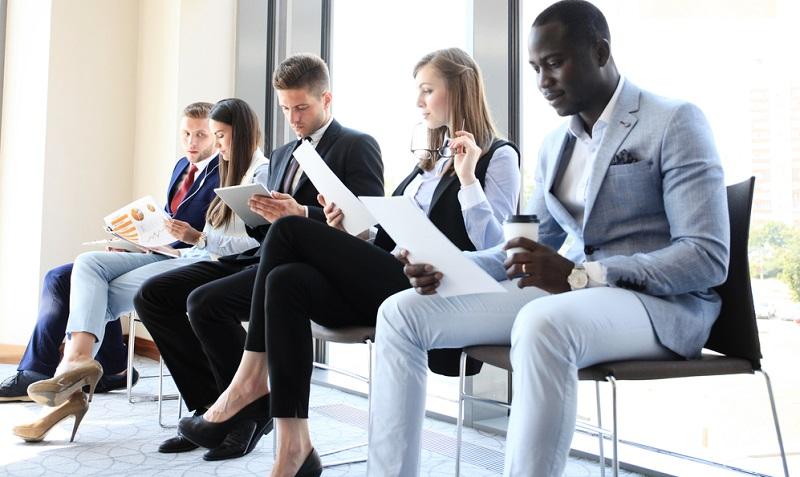 Die klassische Bewerbung und das darauf folgende Vorstellungsgespräch wird immer seltener werden, da diese Formen für eine Festanstellung vorgesehen sind.