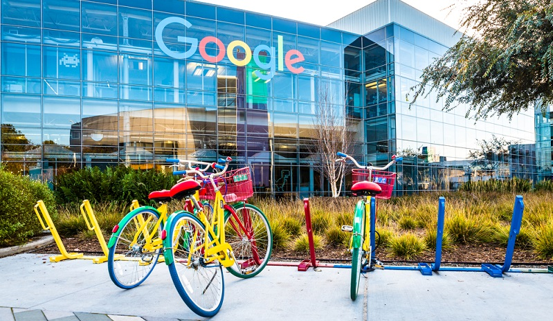 Google stellt das Zentrum für jede Form des Suchmaschinenmarketings dar und wirklich wirksame Werbemaßnahmen für Unternehmen funktionieren nur unter Einbeziehung des Internetriesen.