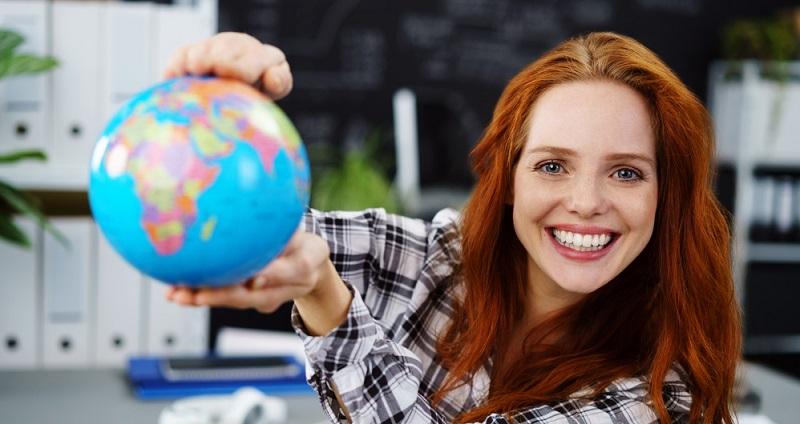 Besonders effizient ist es, Sprachreisen durchzuführen. Dabei lernen Sie im Rahmen des Unterrichts die Grammatik und die Vokabeln