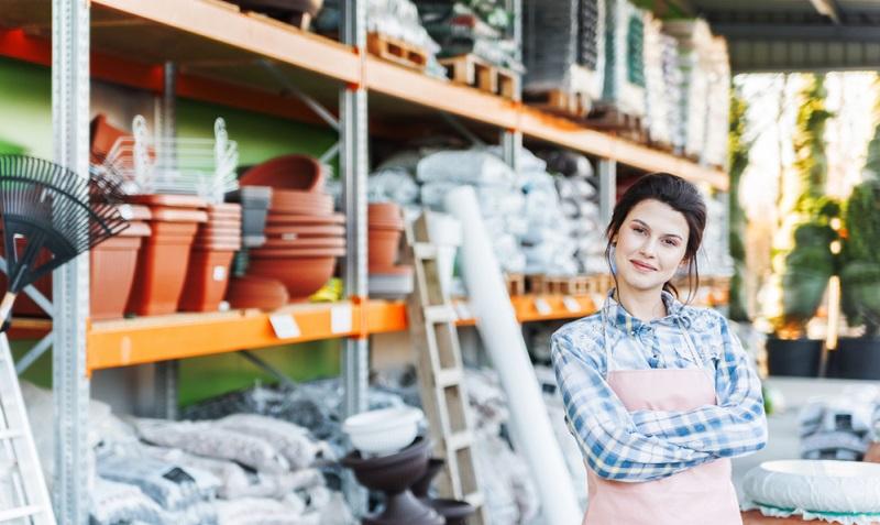 Sobald die dreijährige Ausbildung als Einzelhandelskauffrau erfolgreich abgeschlossen ist, stehen der Kauffrau viele Türen offen.