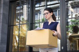 Offboarding bietet viele Vorteile für das Unternehmen und den scheidenden Mitarbeiter. (Foto: shutterstock.com / PhotoByToR)