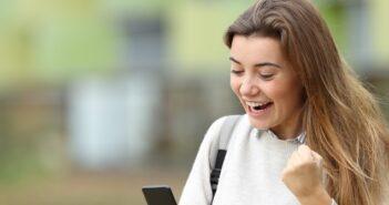 Jobbörsen nutzen und neue Anstellung finden: Tipps und Tricks für Arbeitssuchende ( Foto: Shutterstock-Antonio Guillem )