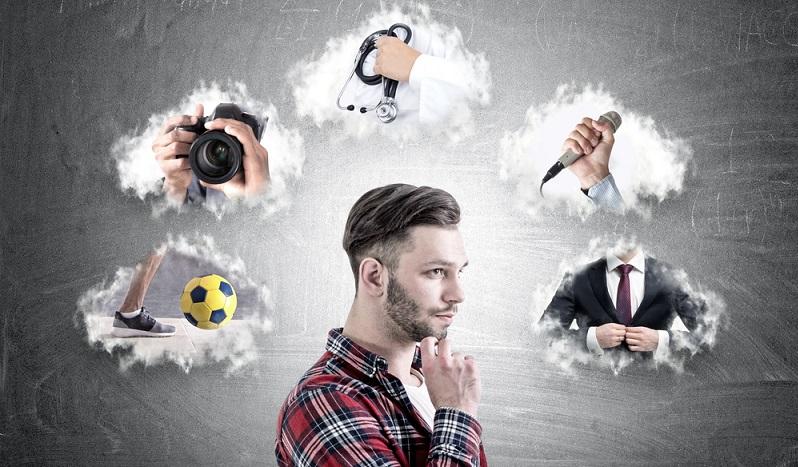 Genaue Überlegungen welche Beruf der Wunschberuf ist, sollte im Vorfeld geklärt werden ( Foto: Shutterstock-_ ImageFlow )
